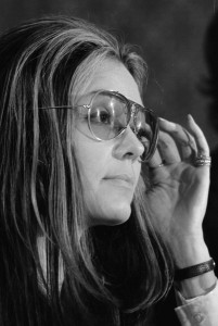 800px-Gloria_Steinem_at_news_conference,_Women's_Action_Alliance,_January_12,_1972